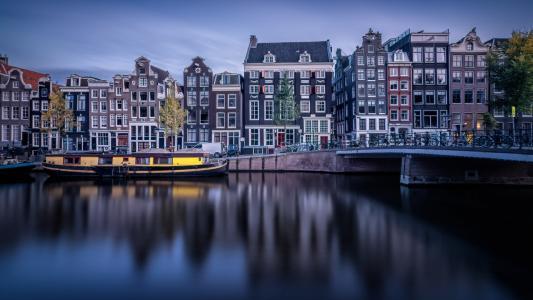 阴天的阿姆斯特丹