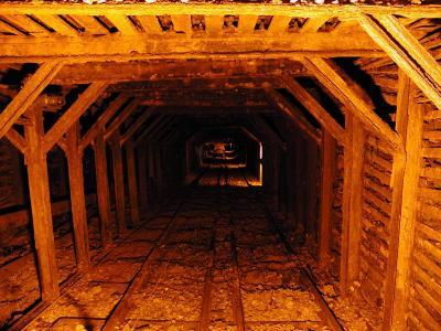 隧道壁纸和背景图像