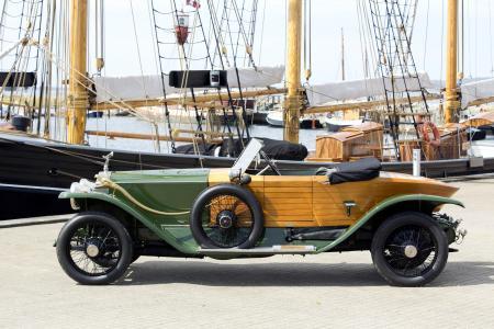 1914勞斯萊斯銀鬼船尾小船4k超高清壁紙和背景圖像