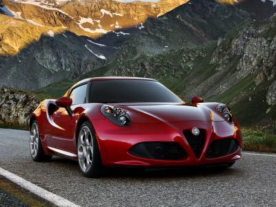 罗密欧超级跑车美景图