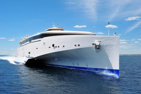 三体船4k超高清壁纸和背景图像