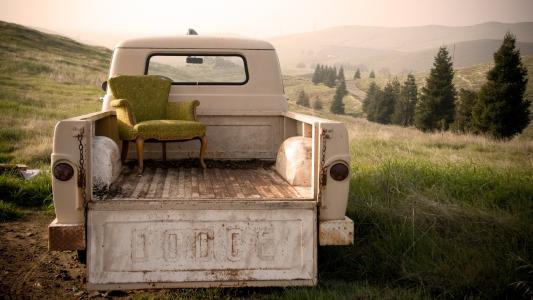 坐下来,放松全高清壁纸和背景