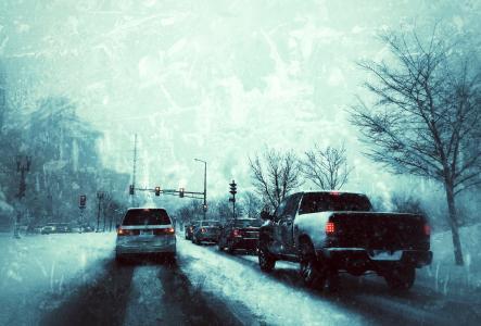 交通在冬季风暴全高清壁纸和背景