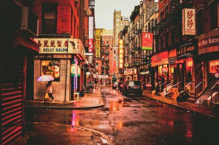 纽约唐人街弥红灯光