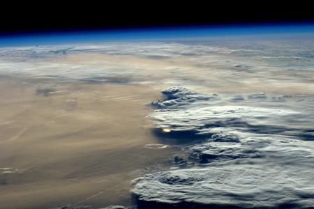 从太空4k超高清壁纸和背景图像